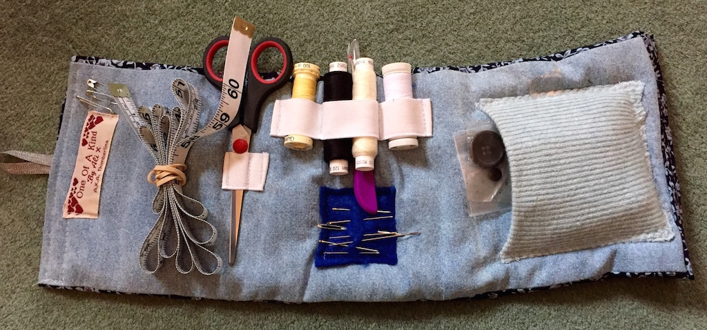 Ideas for homemade gifts u2013 a sewing set for none sewers! & Ideas for homemade gifts u2013 a sewing set for none sewers ...