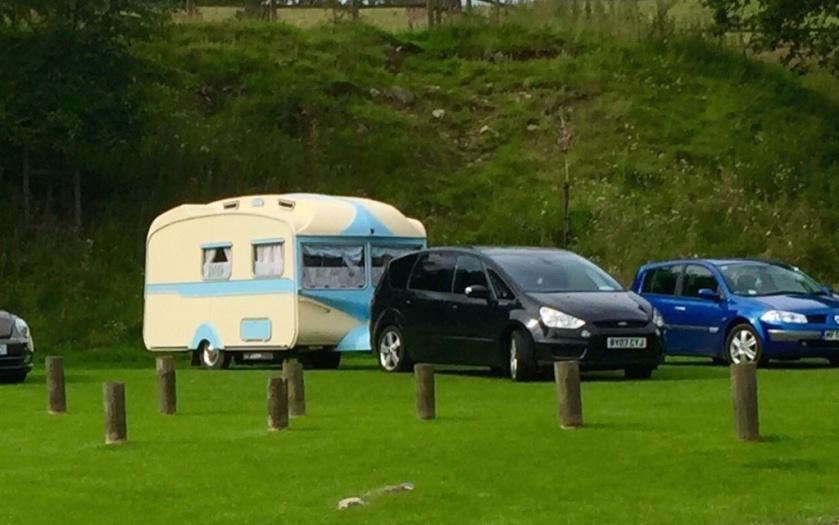#sundaysevens vintage caravan