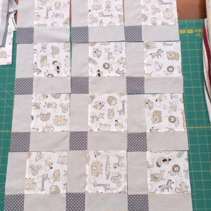 #firstquilt #babyquilt #disappearingsquare 637