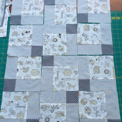#firstquilt #babyquilt #disappearingsquare 639