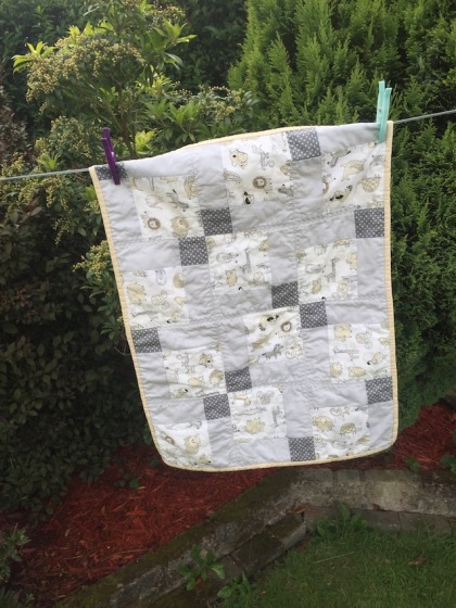 #firstquilt #babyquilt #disappearingsquare 646