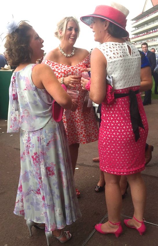 #peoplewatching #ladiesday 750