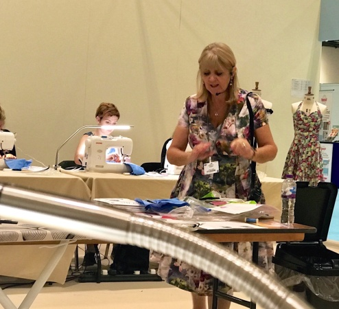 #GBSBLIVE #THIMBERLINA #sewingblogger #sewcial 38