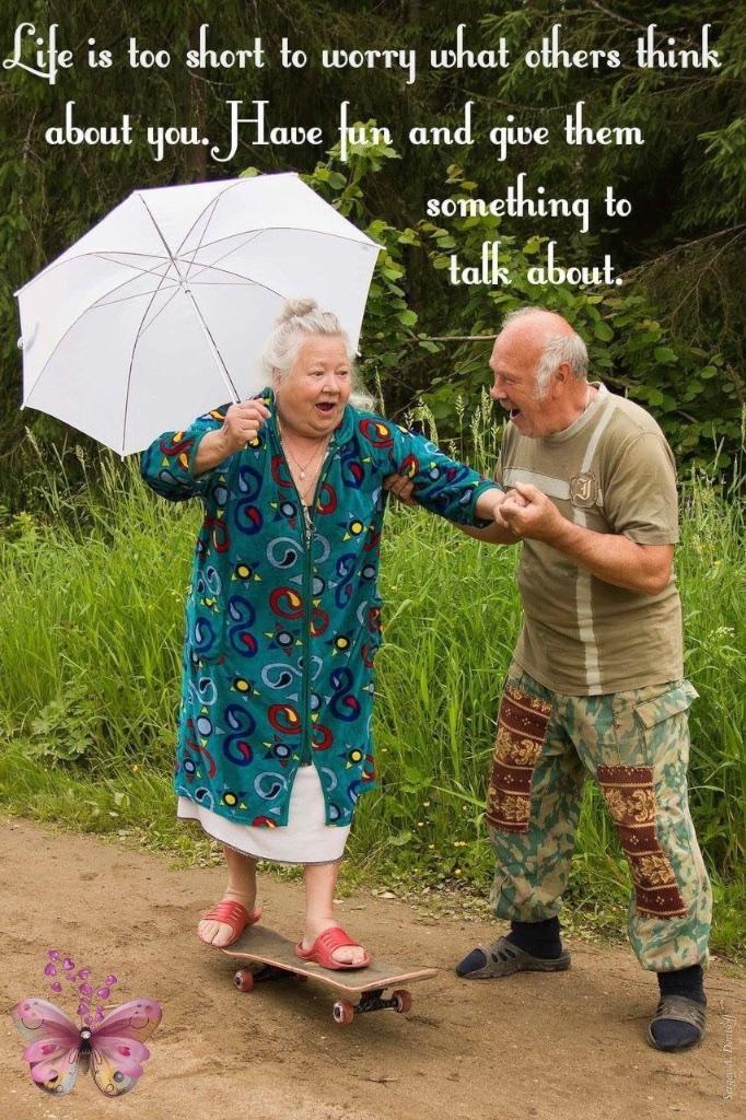 #sundaysevens #thimberlina #sewingblog 1419